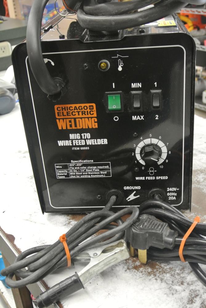 CHICAGO ELECTRIC MIG WELDER 68885 | Wellston Pawn